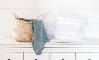 best blogs on simple living minimalism and decluttering