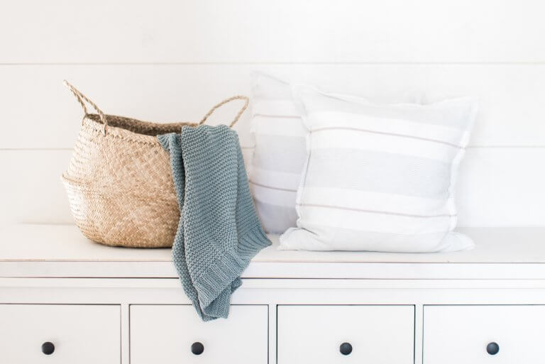The best blogs on simple living, minimalism, and decluttering