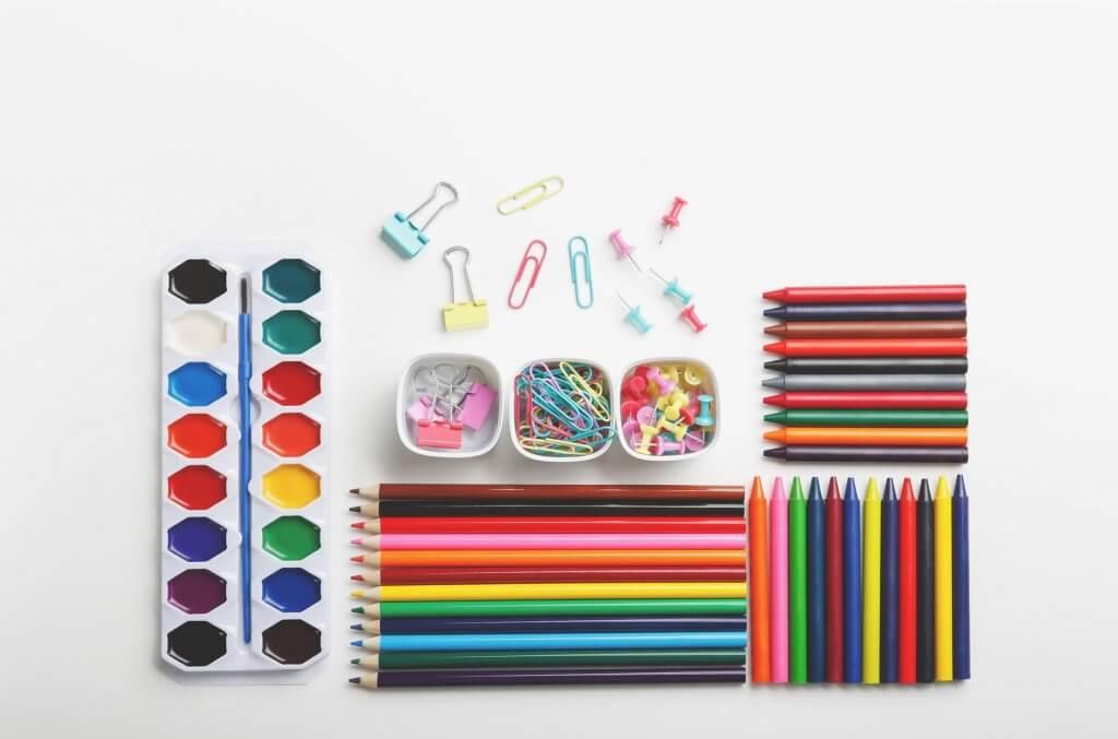 organize art and craft supplies