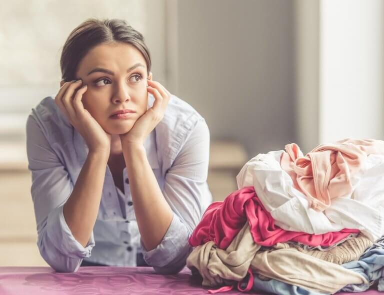 How to Start Decluttering When You Are Overwhelmed