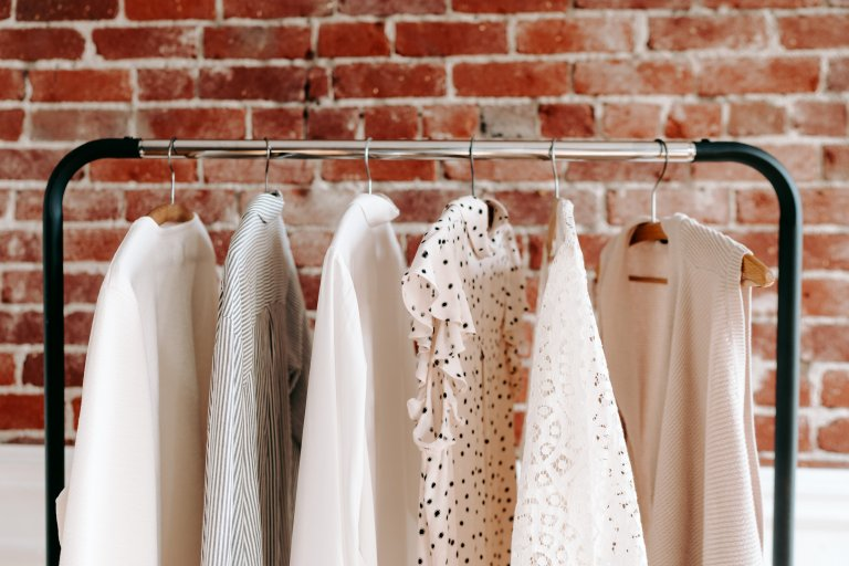 A simple alternative to a capsule wardrobe