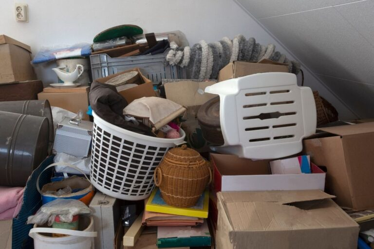 9 Signs You Have Too Much Stuff and Not Enough Space