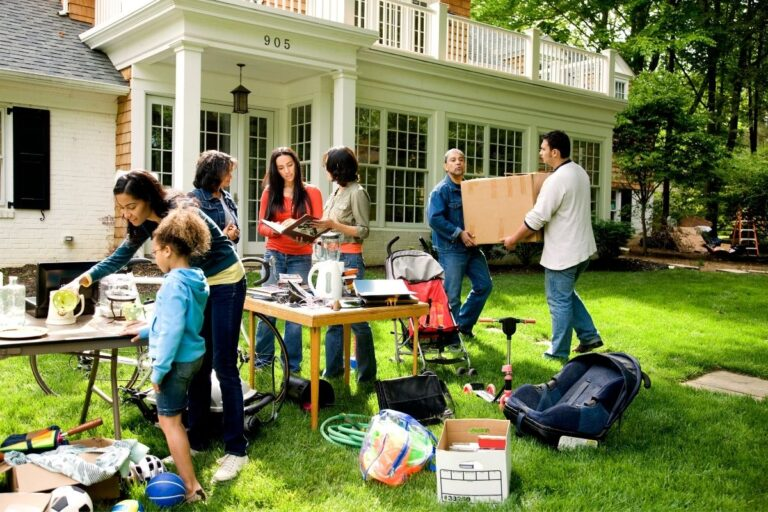 8 Tips for a Successful Yard Sale