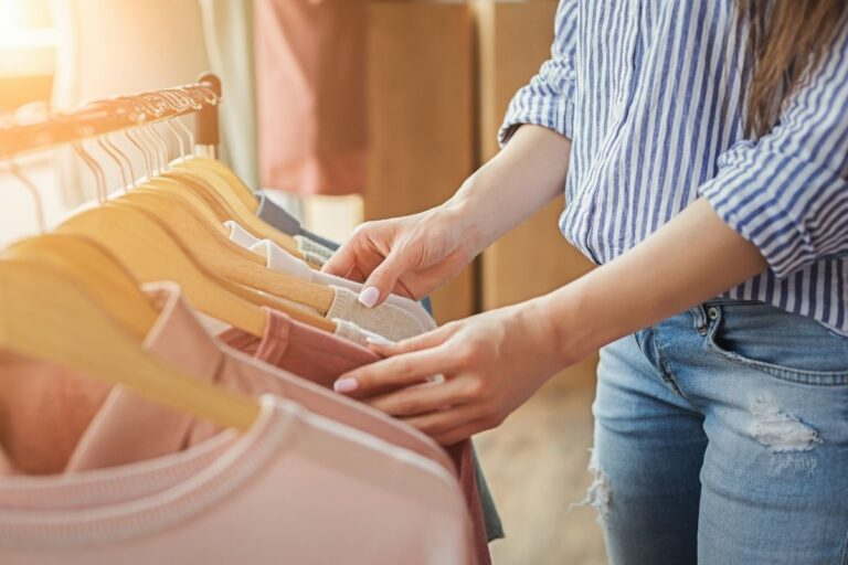 How To Shop Your Closet & Create Outfits From Your Wardrobe