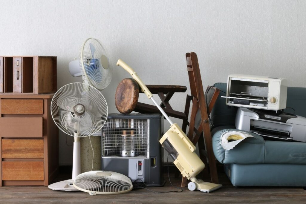 best things to declutter this summer