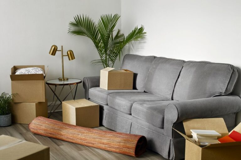 6 Simple Tips on Decluttering and Organizing Before a Move