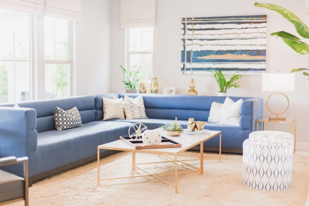 how to decorate without clutter